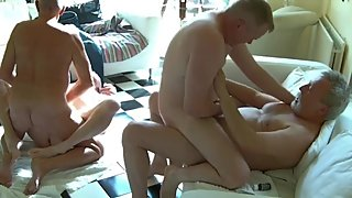 Daddies & grandpas group sex