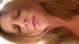 Naughty mature MILF having a real orgasm with her neighbor