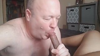 White bald old daddy sucking big dick in bed
