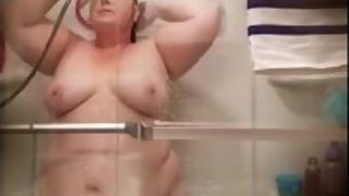 Ugly wife washing her cunt