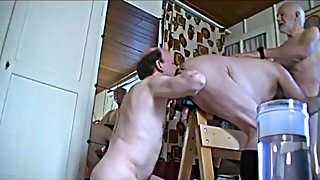 Amateur threesome old men - part 1