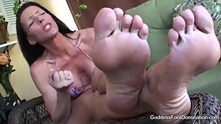 "Goddess Soleil ""Clean between My Toes"" Feet JOI"