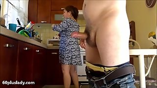 Big latina granny fucked in the kitchen