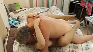 Horny mature gets rough fucked by her new neighbor