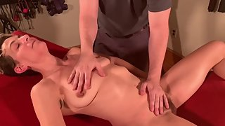 Tantric Yoni Massage