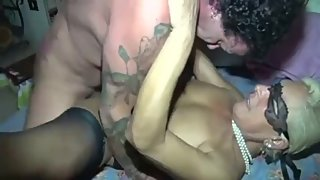 Donna Mature cunt sucks and fucks like a whore