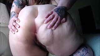 Super BBW playing with herself