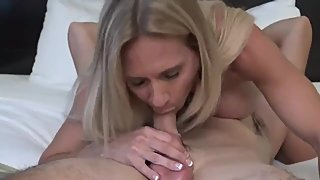 Gorgeous mature milf gives her stepbrother nice deepthroat blowjob