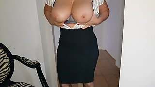 Sexy mature Secretary shows of her big boobs to her boss